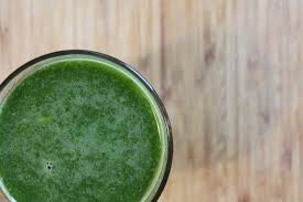 3 Ricette di succo eccezionali per i crampi e i dolori di stomaco - Ricette